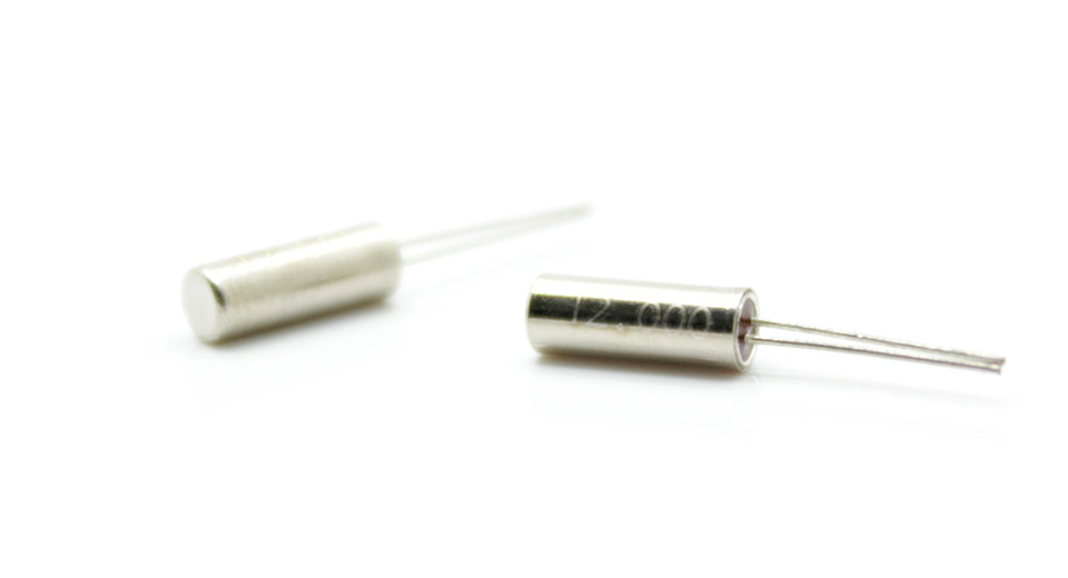 Image of 12 Mhz Crystals (20-Pack)