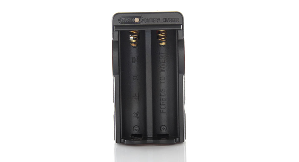 Portable Digital Battery Charger for 18650 Rechargeable Batteries