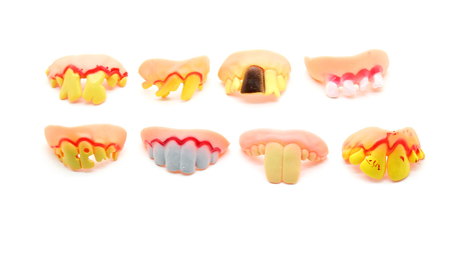 Fake Bucktooth Trick Toy (8-Pack)