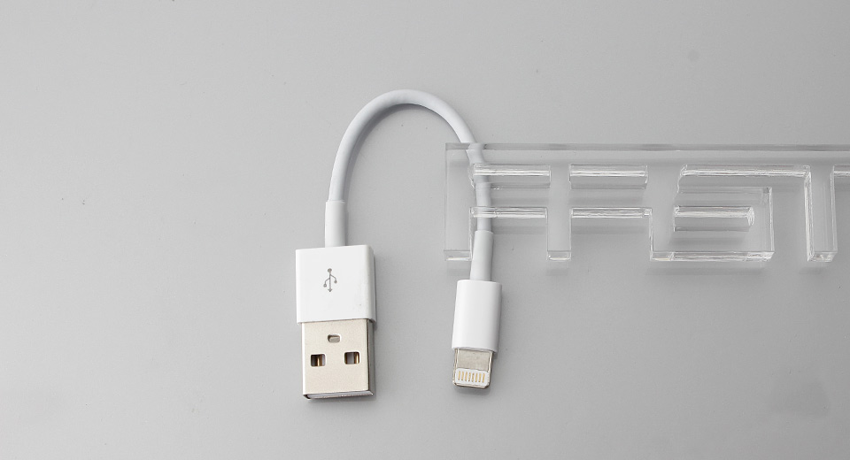 8-Pin Male to USB Male Data & Charging Cable for Apple iDevices