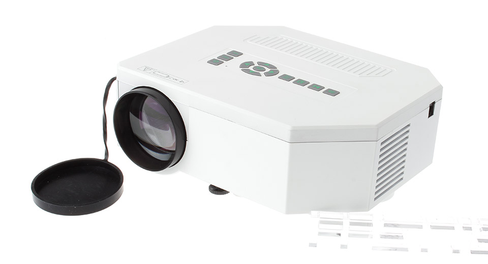 UC30 150LM LCD 640*480 Resolution 500:1 Contrast Ratio LED Projector
