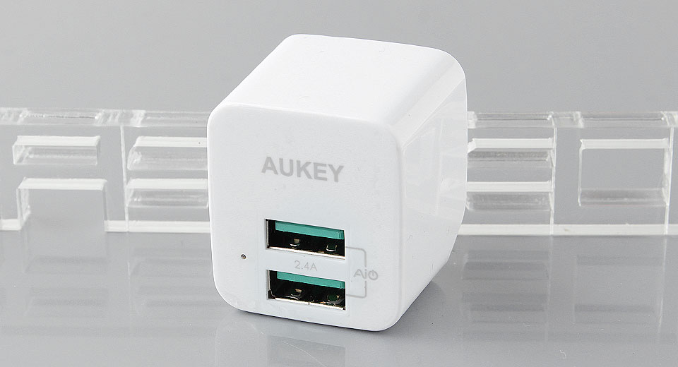 Authentic Aukey PA-U32 Dual USB Charging Station