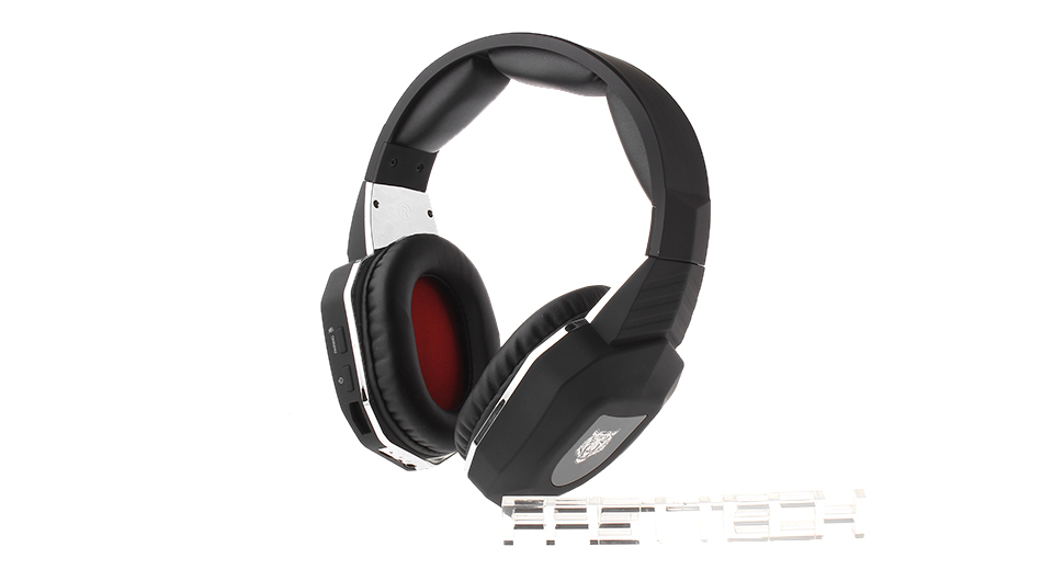 7-in-1 2.4GHz Wireless Gaming Headset Working voltage: 3.5-4.2V Working current: 75mA Channel spacing: 2 MHz Transmitting power: 3dBm Sampling frequency: 48KHz Receiving sensitivity: -85dB Speaker diameter: 40mm Microphone standard: 6*2.7mm Microphone sensitivity: -35dB Microphone frequency response: 100Hz-8KHz