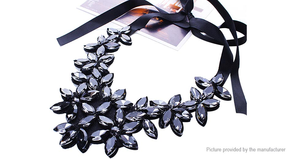 Acrylic Flowers Pendant Choker Necklace CZ91890, Black
