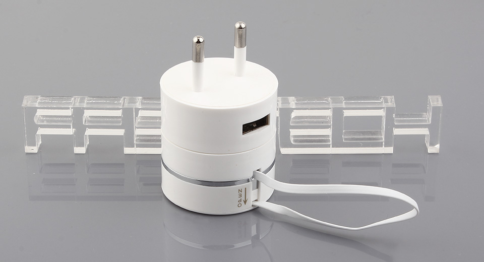 Image of Micro-USB/30-pin/8-pin USB Wall Travel Charger AC Power Adapter (EU)