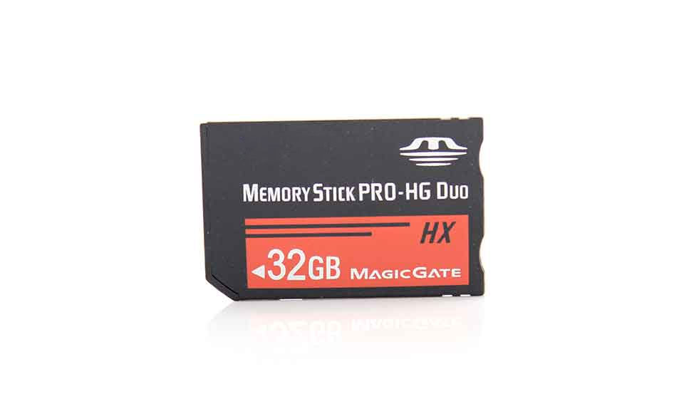 Memory Stick Pro-HG Duo HX Card (32GB) speeds up to 50M