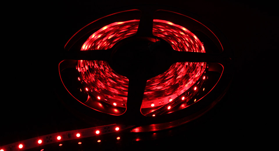Decorative Flexible 24W Red 300-SMD 3528 LED Light Stri