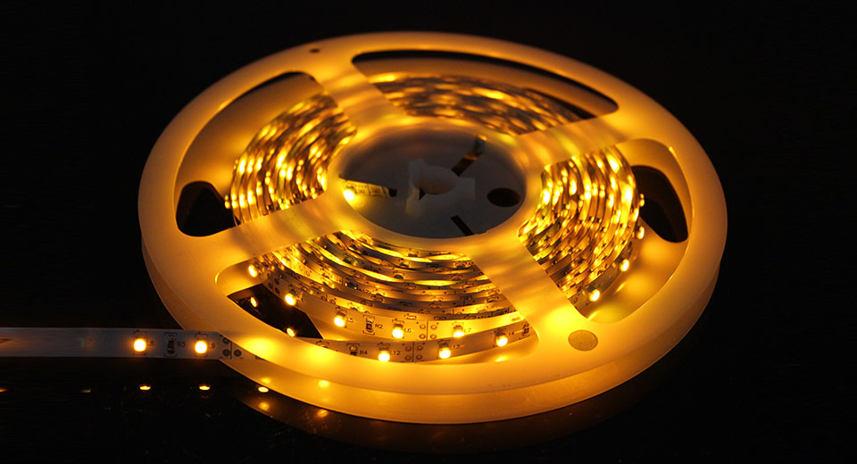 R10 Yellow LED Ribbon Light Strips (Indoors) 300 LED /