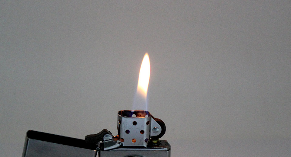Authentic Zippo Copper Oil Lighter with poker chip