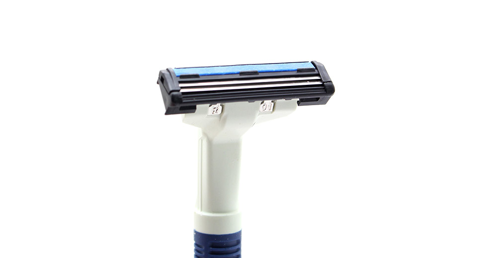 Schick Ultra Blue Handheld Razor with 3 Refill Cartridg