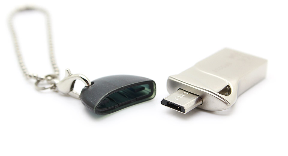 2-in-1 Micro-USB + USB Flash Drive (8GB)