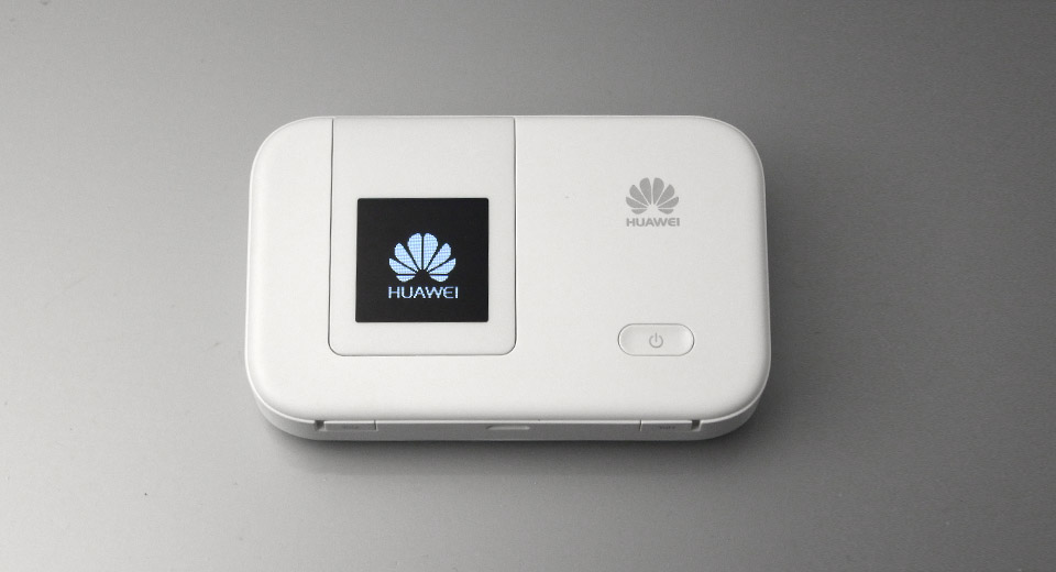 Product Image: huawei-e5372ts-32-1-35-oled-150mbps-4g-wifi-router