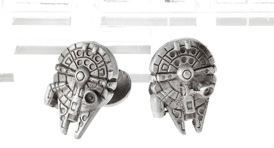 Product Image: star-wars-millennium-falcon-cufflinks-pair